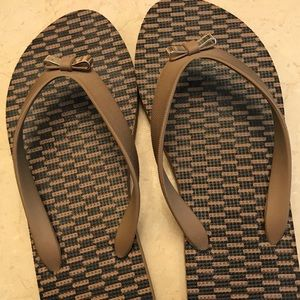 Authentic Tan Coach Bow Front Ladies Flip Flops
